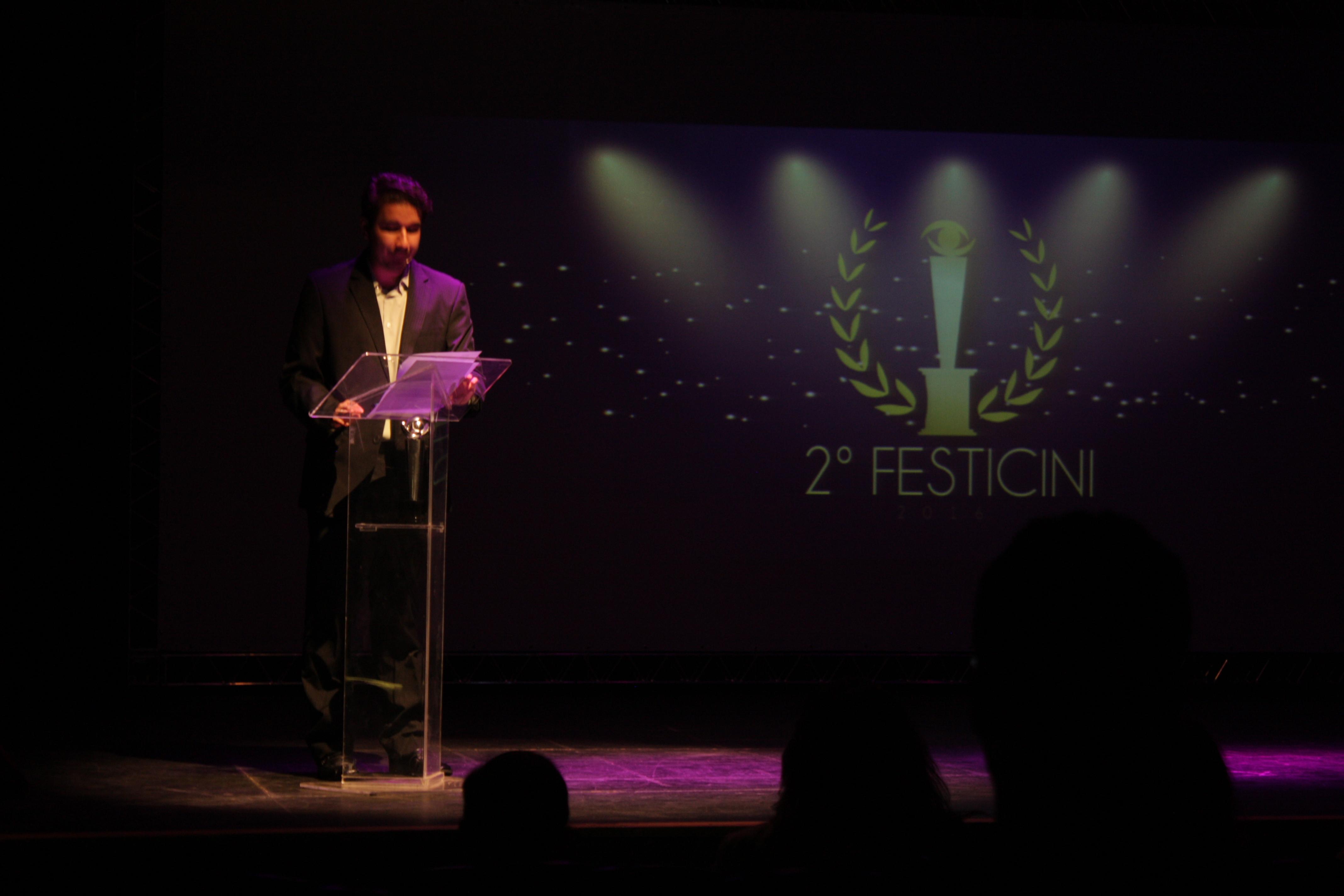 Danilo Pessoa dá início à  cerimônia de abertura
