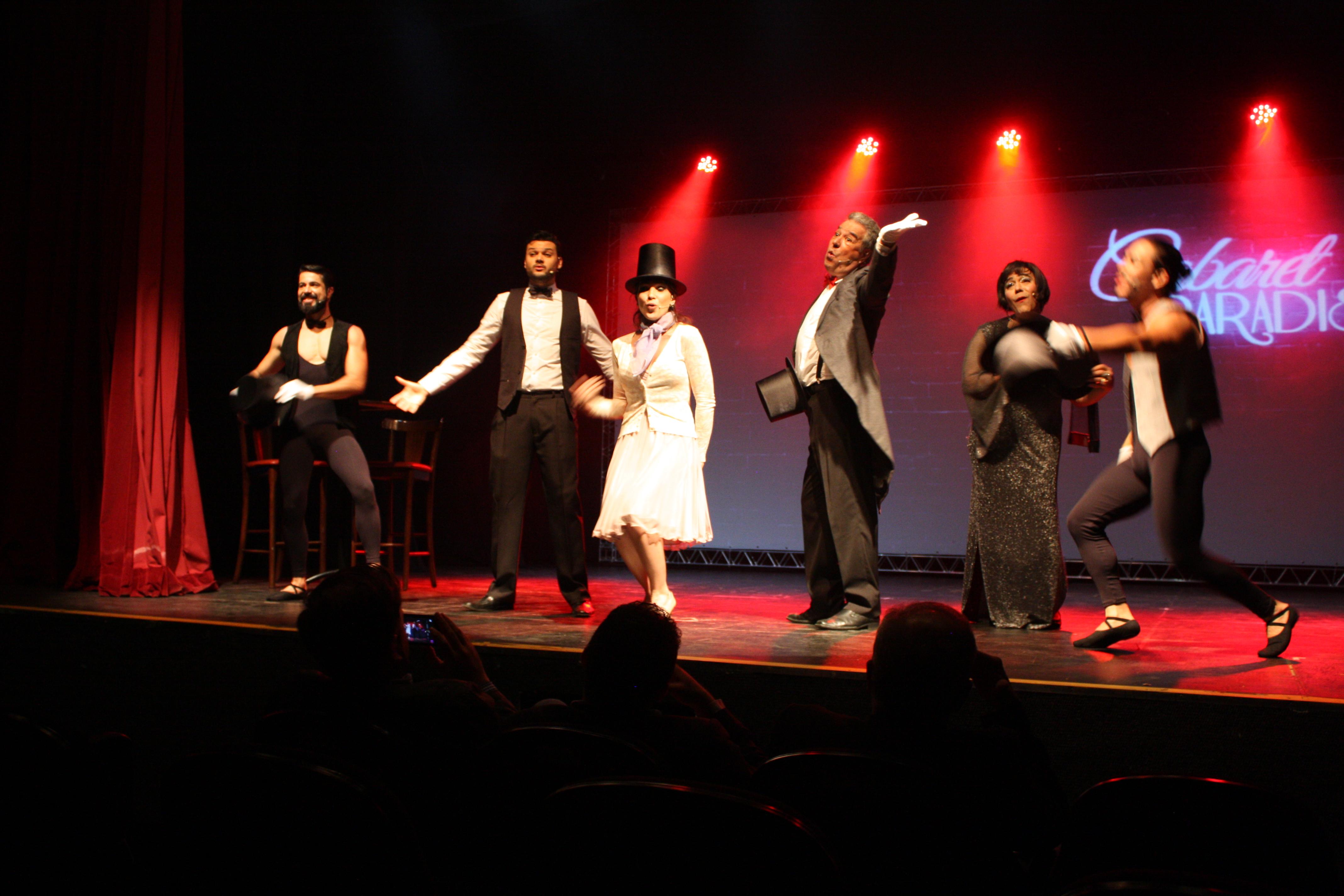 Show Cabaret Paradiso - abertura do FESTICINI