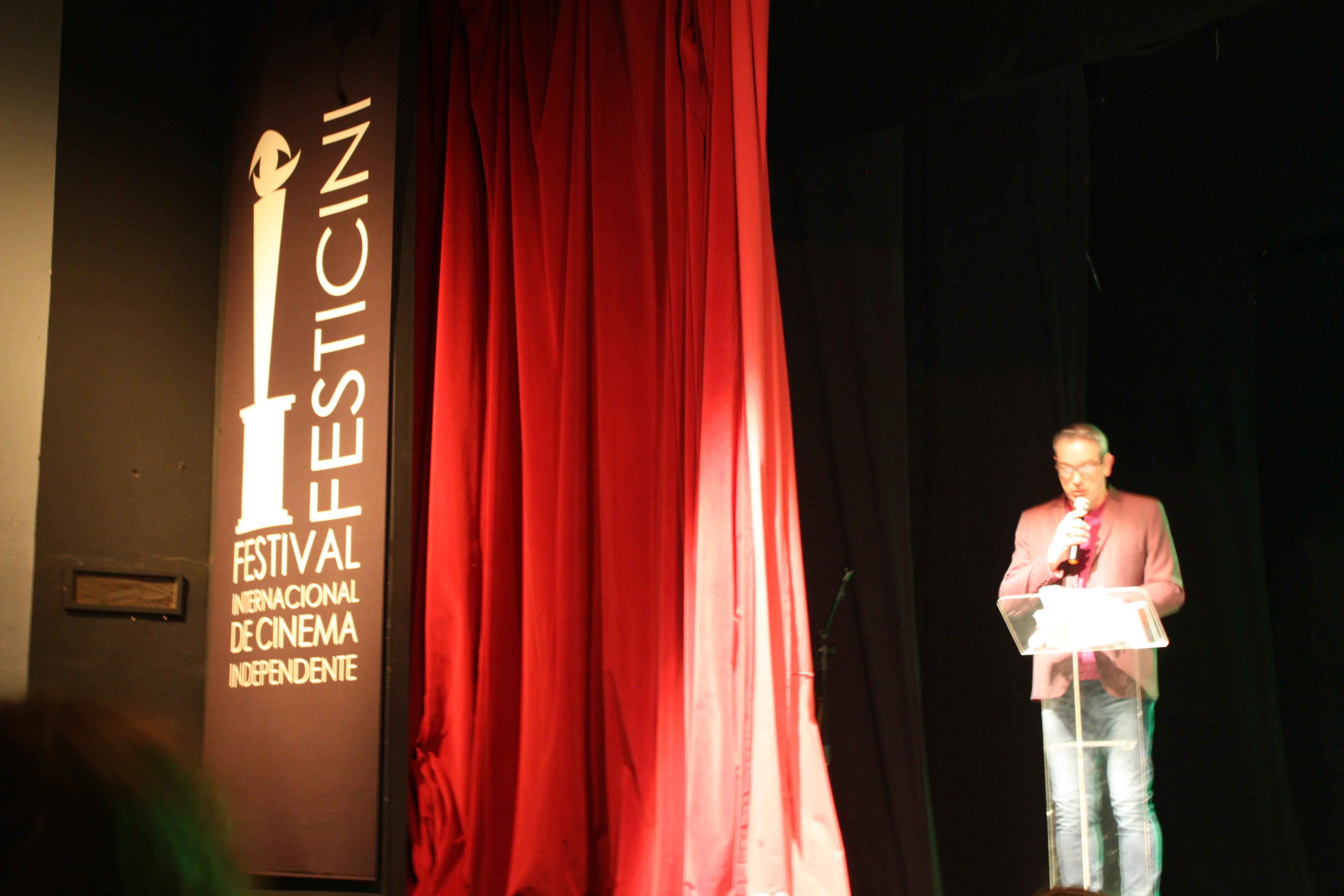 Wilson Roque Basso fala na abertura do Festival