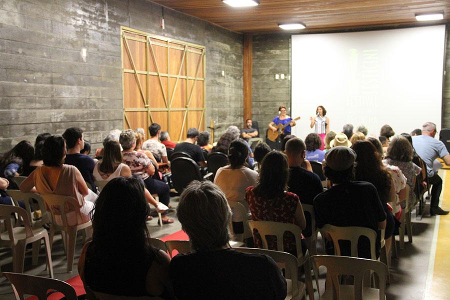 Espaço de Exposições da Vila de Luis Carlos  - Guararema