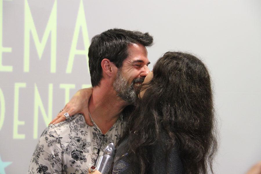O Diretor Ivann Willg e A Atriz Coadjuvante Tuna Dwegk do Filme Escolhas